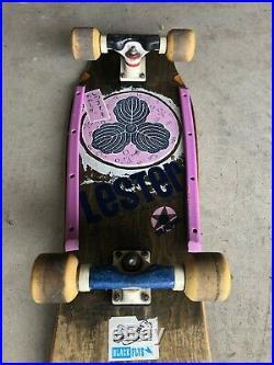ORIGINAL VINTAGE skateboard Lester Kasai Tracker 1980's Great condition